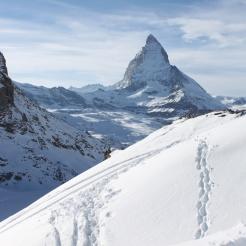 Matterhorn i tajemnicze ślady. Czyżby człowieka z walizką?
