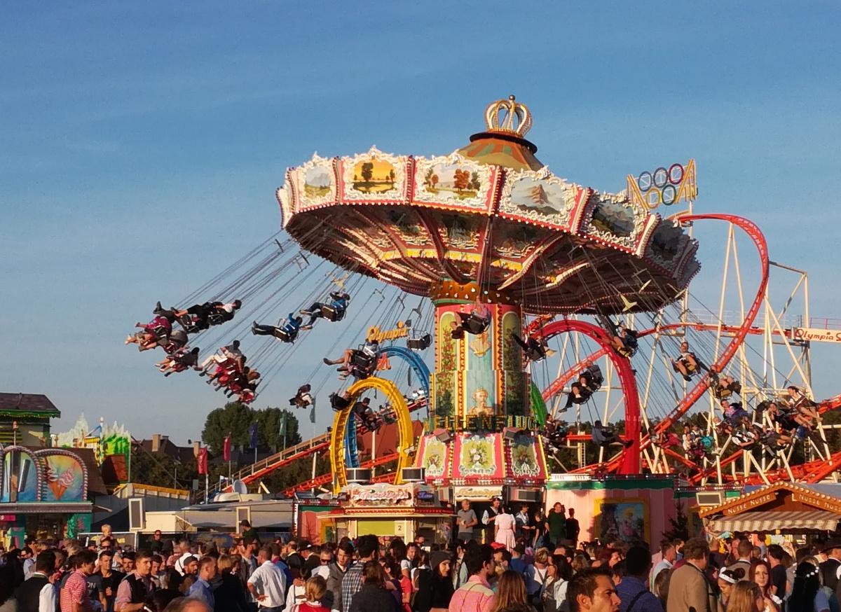 Pod niebem Bawarii - wspomnienia z Oktoberfest + słowniczek